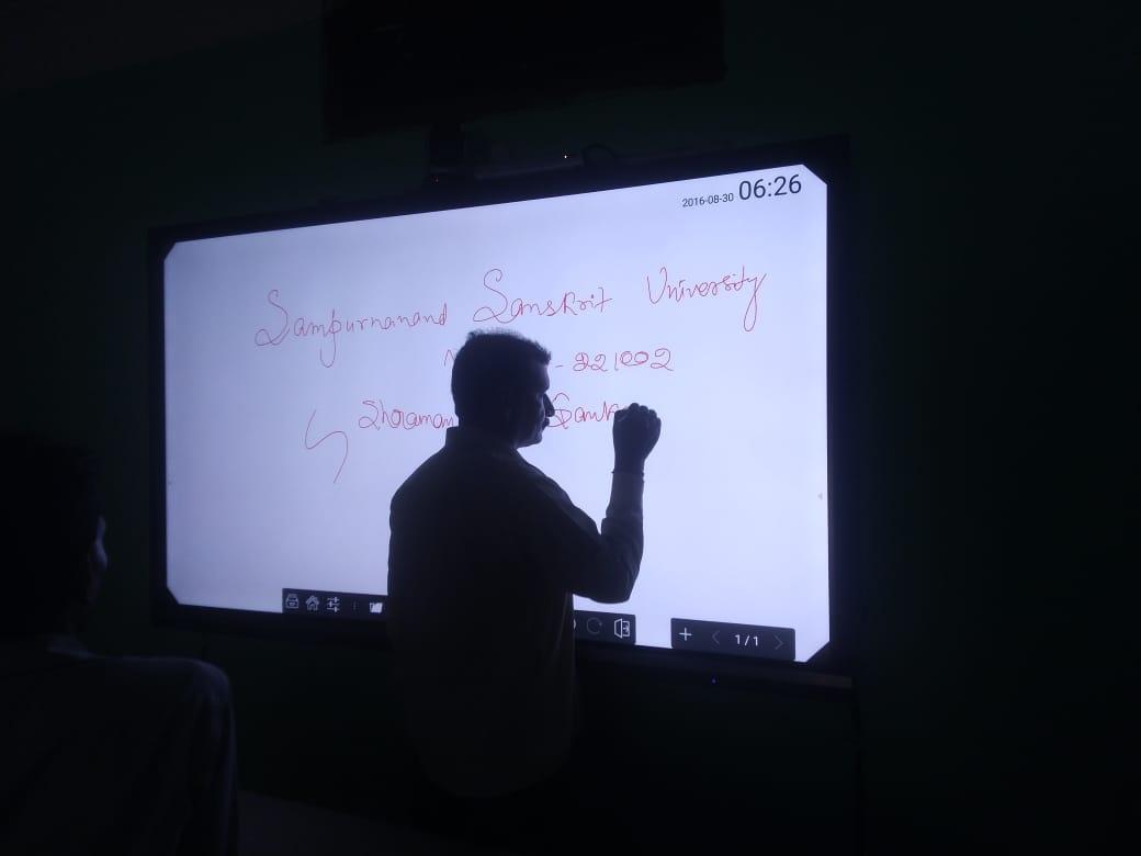 digital display uses
