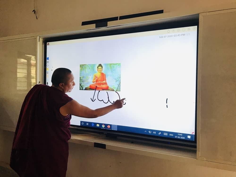 interactive-display-for-schools