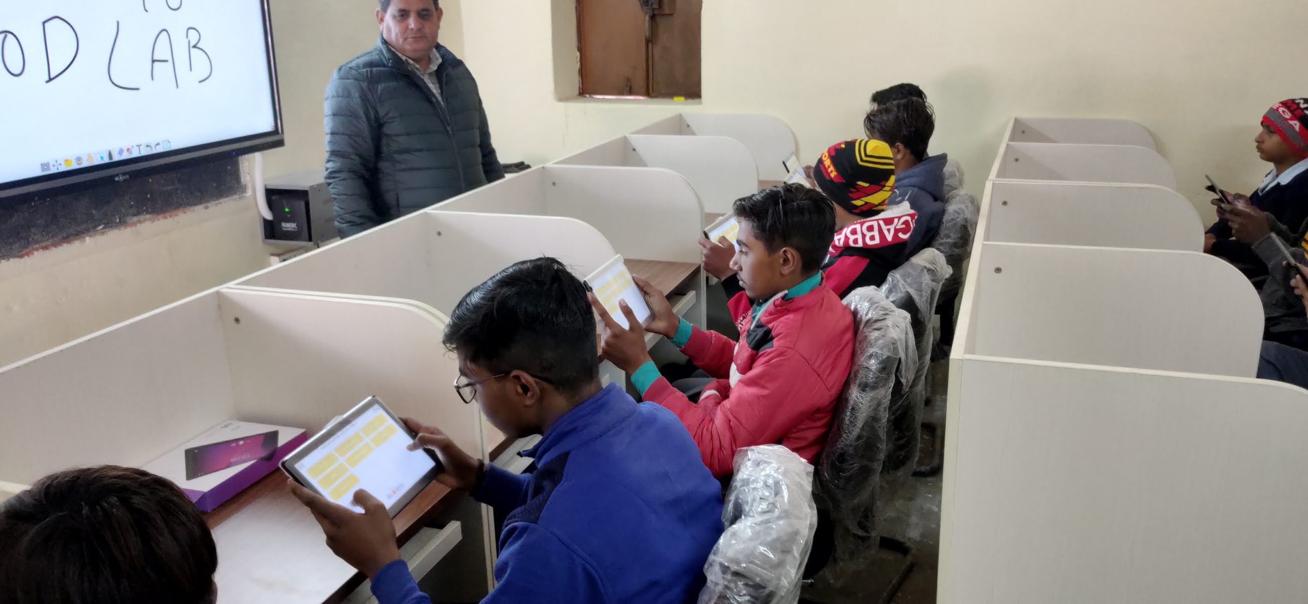 educational tablets for students india
