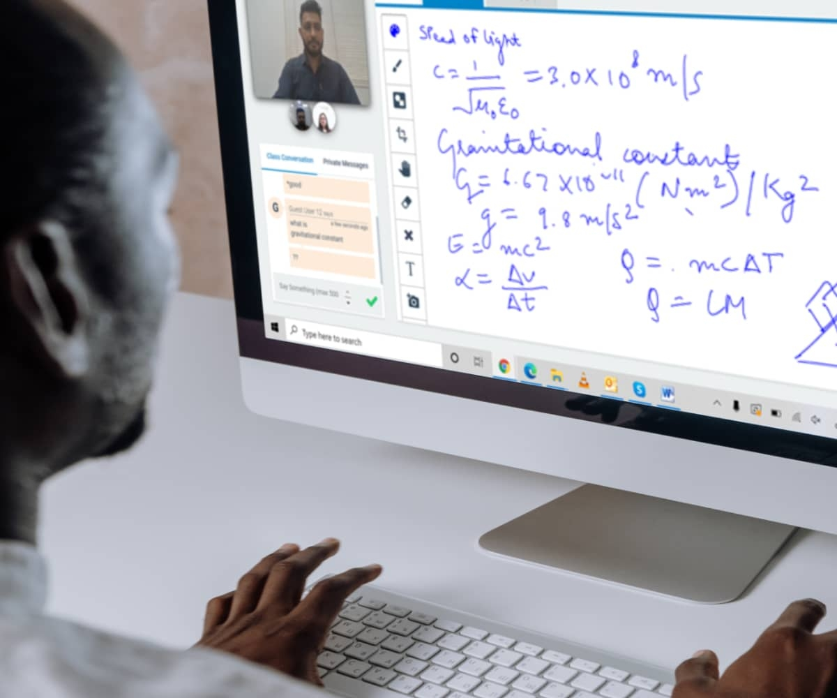 student studying on computer on virtual classroom software